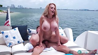 Housewife helter-skelter giant melons Billi Bardot rides immutable dick